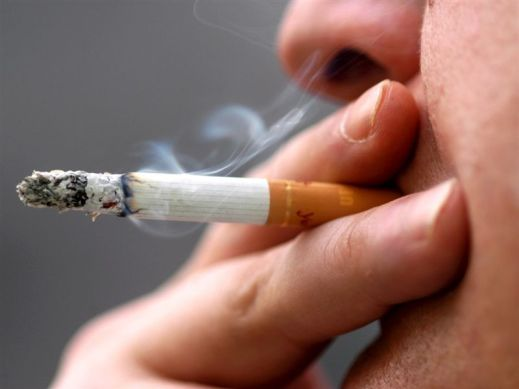 Should-Smoking-Be-Banned-In-All-Public-Places